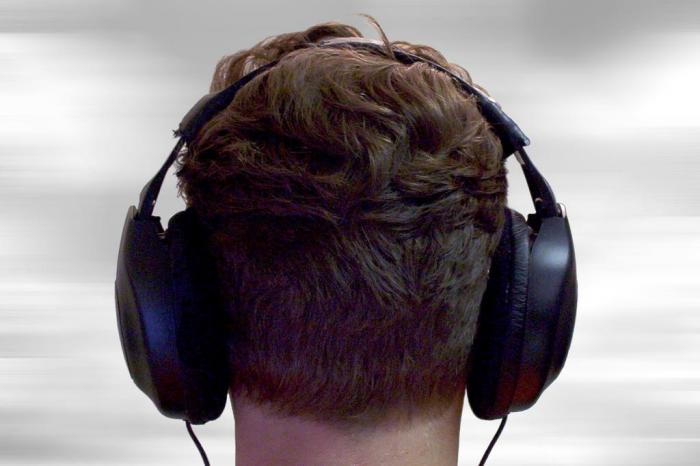 como escolher um headphone - onme